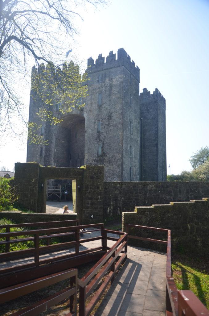 Zamek Bunratty w okolicach Shannon