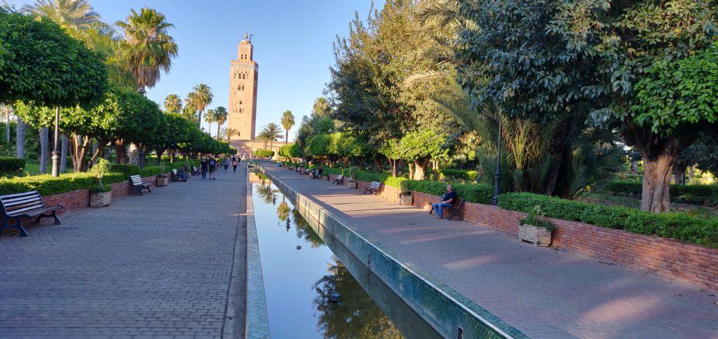 Park przed meczetem Koutubia