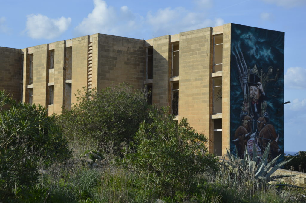 Pembroke grafitti