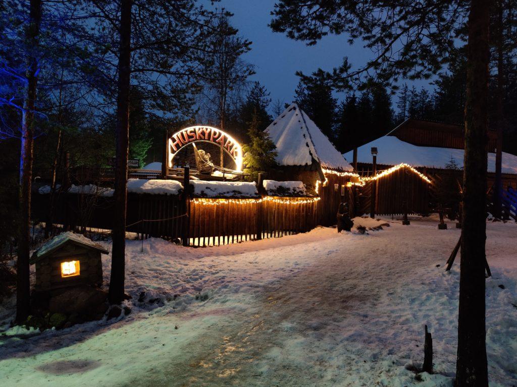 Park Husky Laponia