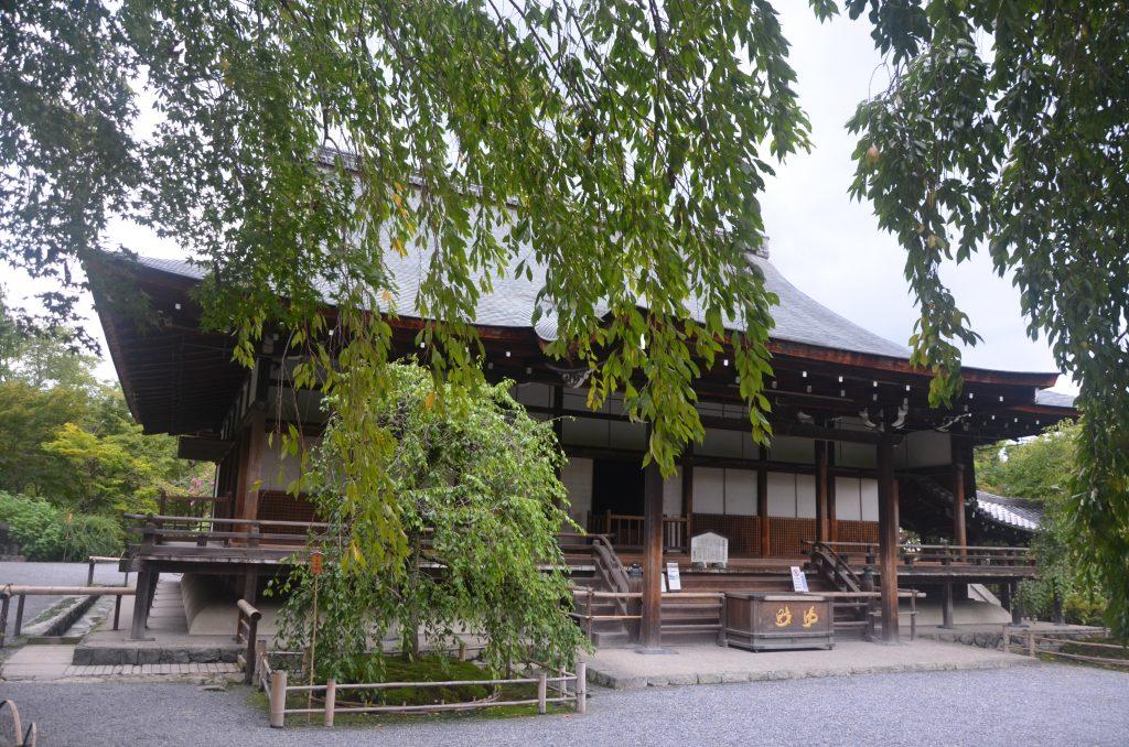 W świątyni buddystycznej