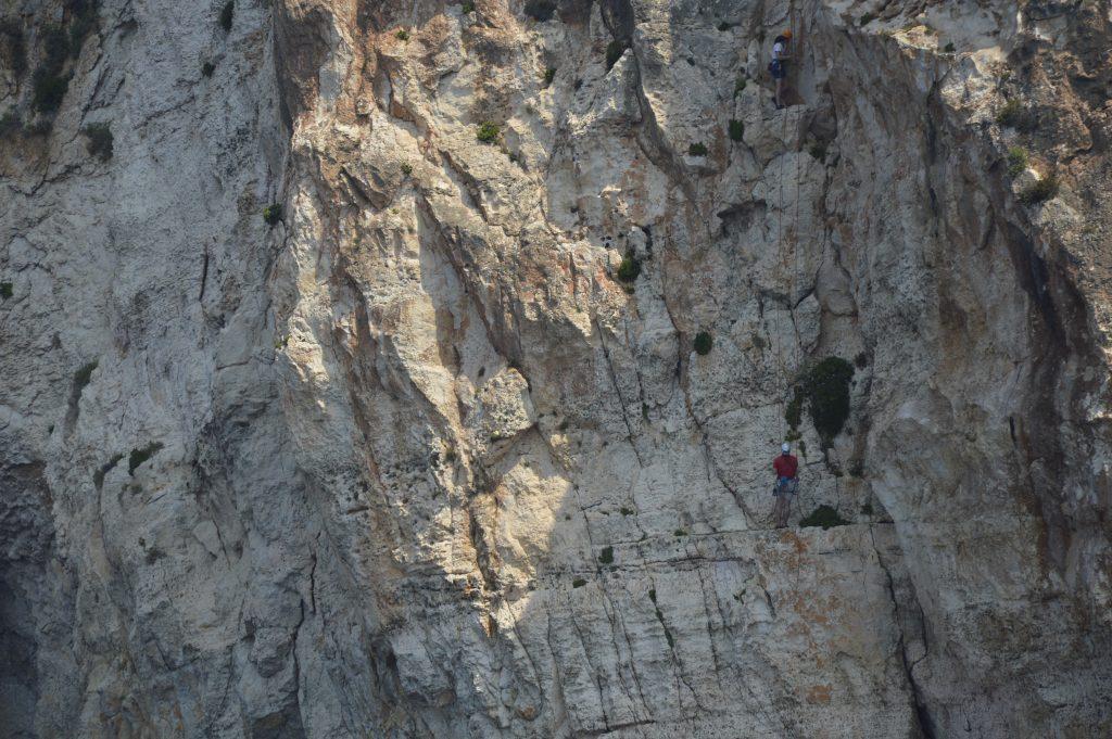 Wspinaczka w Blue Grotto