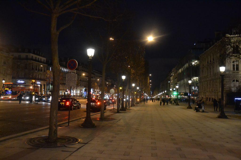 Pola Elizejskie Paryż
